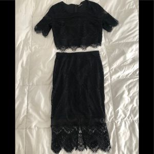 Express lace crop top set with midi skirt 0 Small